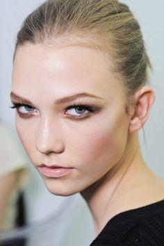 Make-up inspiration - blond hair
