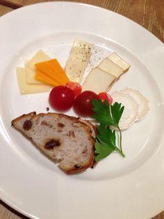 チーズ盛り合わせ@BARMICHE