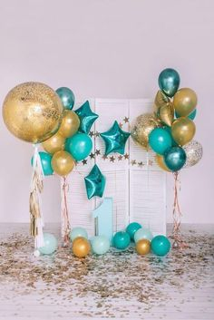 Birthday Balloon Delivery, First Birthday Balloons, Happy Birthday Boy, Baby Birthday, Birthday Party Table Decorations, Birthday Balloon Decorations, Birthday Party Tables, 21 Birthday Themes, Baby Boy Birthday Decoration
