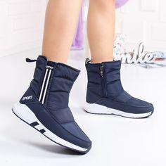OFERTA! Nu rata oferta pentru produsul Cizme Spedali albastre de zapada ZXT4 33151 de la MODLET.ro! DOAR 89.90 Lei pentru o pereche de incaltaminte. ModLet.ro te incalta! Puma Fierce, High Tops, High Top Sneakers, Casual, Shoes, Fashion, Moda, Zapatos, Shoes Outlet