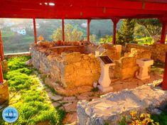 sehenswuerdigkeiten kreta Heraklion, Naxos, Crete, Garden Bridge, Outdoor Structures, Crete Holiday, Greek Islands, Holiday Photos, Holiday Destinations
