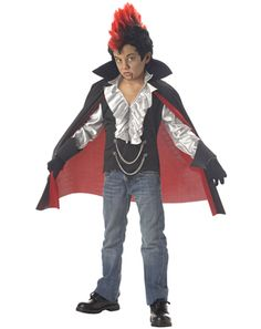 Boys Vampire Costume - this is what Quinn wants