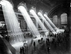 """History in Moments on Twitter: """"Grand Central Terminal NYC 1929. The sun can t shine through like that now due to the surrounding tall buildings. https://t.co/bwN4kfv8rl"""""""