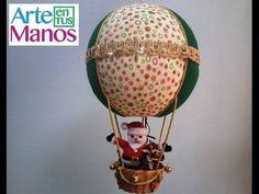 Christmas globe with Santa Claus Footsteps Christmas Globes, Felt Christmas, Christmas Holidays, Christmas Crafts, Christmas Ornaments, Disney Drawings, Xmas Decorations, Diy And Crafts, Balloons