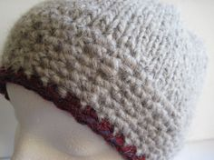 Hand Knitted Icelandic Lopi Wool Berry by MulliganYarns Circular Needles, Stockinette, Winter Accessories, Free Knitting, Yarns, Snug Fit, Iceland, Berry
