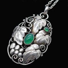 Art Nouveau Jugendstil Pendant Silver Chrysoprase Signed Theodor Fahrner (#6311) #TheodoreFahrner #Pendant