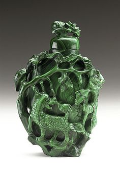 Carved malachite snuff bottle (Biyanhu) with Phoenix and Qilin, China, late Qing dynasty, 1800-1911