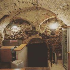 Co sa da najst v stredovekej pivnici. #faces