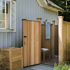 outdoor shower idea and tons of other cool home ideas