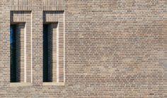 Brick Masonry, Brick Facade, Brick Wall, Brick Architecture, Minimalist Architecture, Retaining Wall Design, Brick Detail, Brick Patterns, Building Facade