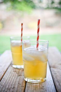 Jasmine Green Tea Lemonade, sugar free with raw honey, stevia or maple syrup.