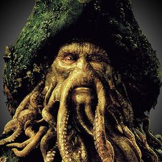 Davy Jones from Pirates of the Caribbean. Inspired by Medusa's snake head to make a man with tentacles. Disney Villain Costumes, Disney Films, Disney Villains, Pirate Art, Pirate Life, Davy Jones, Pirates Den, Mermaid Movies, Flying Dutchman
