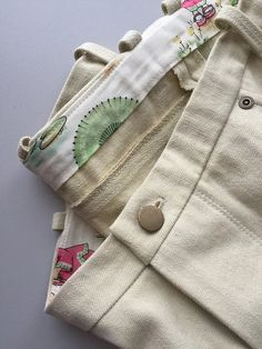 I'm back for my third and final post this month on the CSC, on pants construction! Today we're making up our waistband with my absolute favorite method! Don't waistbands seem kind of an Sewing Patterns Free, Free Sewing, Japanese Imports, Patterned Jeans, Linen Trousers, Folded Up, Sewing Techniques, Stretch Jeans, Hand Stitching