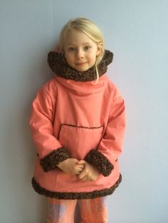 Girls anorak made with used fur.