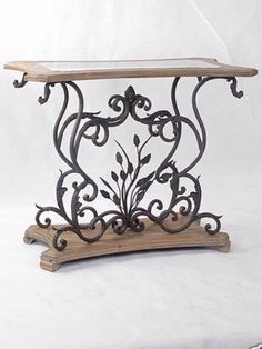Home & Decor Iron Console Table, Iron Table, Iron Furniture, Unique Furniture, Furniture Design, Wrought Iron Decor, Table Vintage, Tuscan Decorating, Iron Art