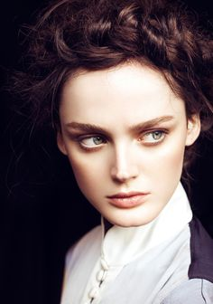 Lisa Cant - Vogue Mexico Beauty