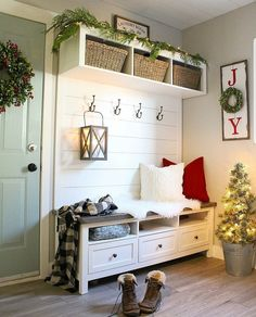 Added some festive touches to our mudroom today and I m loving the cozier feel in here now it s amazing what some twinkly lights can do to a space… – Mudroom Home Garden Design, Home Design, Luxury Interior, Interior Design, Interior Doors, Better Homes And Gardens, Cozy House, Mudroom, Entryway Decor