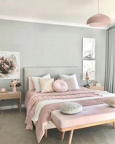 Actually we can find many ideas related to pink bedrooms. But if too many ideas also make us dizzy to choose it. So we decided to choose some pink bedroom ideas that might inspire you. Pink Bedroom Design, Pastel Bedroom, Pink Bedrooms, Small Bedroom Designs, Bedroom Green, Girls Bedroom, Bed Design, Silver Bedroom, Pink Bedroom Walls