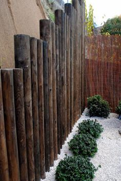 cool way to hide ugly retaining wall