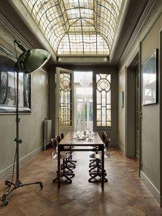 décoration intérieure : Spooky Home, maisonreve : Petra Bindel, kaki, entre style industriel et art nouveau