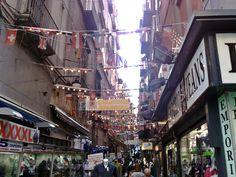 vicoli di Napoli quartiere Spagnolo