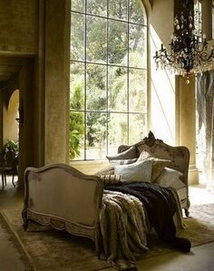 chambre - love the bed in the centre of the bedroom - oh for the space...