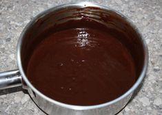 Fantastický mandľový zákusok, recept | Tortyodmamy.sk Pudding, Desserts, Food, Mascarpone, Tailgate Desserts, Deserts, Custard Pudding, Essen, Puddings