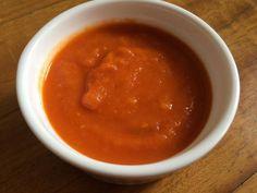 Salsa de tomate al Jerez #Recetas #Cocina #RecetasPasoAPaso #CocinaCasera #RecetasdeCocina #Salsas #Salsasrojas Kiss The Cook, Le Chef, Chana Masala, Chili, Dips, Beans, Soup, Pudding, Nutrition