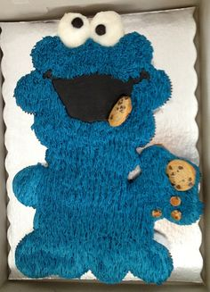 Pull apart Cookie Monster cake Custom made cakes by: www.kitchensweetz.com