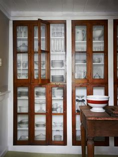 Small Space Solutions: Recessed Storage--could we incorporate this into our plank wall redo for linen storage? room ideas with china cabinet Small Space Solutions: Recessed Storage Dining Room Storage, Kitchen Storage, Dish Storage, Kitchen Cupboards, Pantry Storage, Linen Storage, Kitchen Pantry, Pantry Cabinets, China Storage