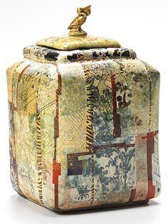 Robert Cooper Pelican tea caddy
