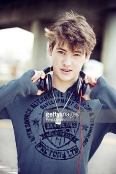 60 Meilleures Cody Christian Self Assignment December 19 2011 Photos et images Bad Boys, Cute Teen Boys, Teen Wolf Boys, Teen Wolf Cast, Cute Guys, Cody Christian, Christian Tumblr, Pretty Little Liars, Beautiful Boys