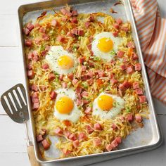 Food and Drink Recipes: Easy cooker -Southern Hash Browns and Ham Sheet Pan Bake – Breakfast Recipes Breakfast Bake, Breakfast For Dinner, Breakfast Dishes, Breakfast Casserole, Breakfast Recipes, Breakfast Ideas, Overnight Breakfast, Avocado Breakfast, Breakfast Potatoes