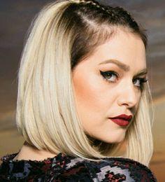 Felicia Donose 😊 Felicia, Hairstyle, Queen, Hair Job, Hair Style, Hairdos, Hair Styles, Haircut Styles, Hair Cut