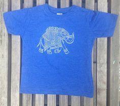 Éléphant d'impression T-Shirt Royal Vintage par kaitlinrosedesigns
