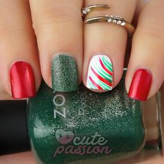 Christmas nailsart  #nails #easynails #christmasnails #linesnails