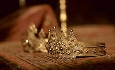 """An Armenian crown used during wedding ceremonies when the bride and groom are traditionally crowned as a """"king and queen."""""""