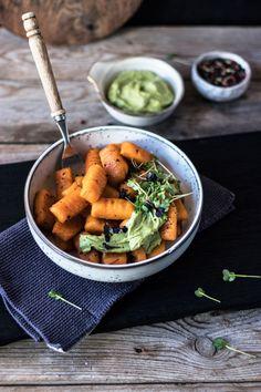 Gesunde vegane Süßkartoffel Gnocchi aus drei Zutaten ohne Weizen! Glutenfreie und vegane Süßkartoffel Gnocchi aus drei Zutaten von freiknuspern