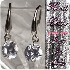 20% Off Bundles 925 Silver Crystal Earrings These are absolutely gorgeous earrings. Pictures just don't do them justice. They are beautiful white crystals on 925 Sterling silver stamped tear drop hooks.  ✅ Bundle and save on shipping! ✅ All reasonable offers are considered.  ✅ I always ship right away.  ❌ Trades ❌ Lowballing Jewelry Earrings