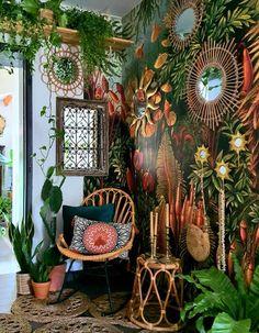 A plain hallway turns totally boho thanks to jungle mural wallpaper. Hippy Room, Boho Room, Hippie Room Decor, Jungle Room, Jungle House, Room With Plants, House Plants, Plant Rooms, Deco Boheme