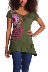 T-shirts Desigual Daniela T Shirts For Women, Clothes For Women, Tunic Tops, Textiles, V Neck, Floral, Shopping, Fashion, Woman Clothing