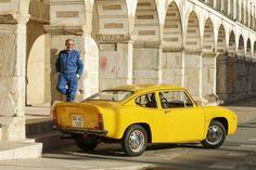 En la España de los 60' era muy difícil importar un vehículo de competición. El Renault 8 Prototipo de Pepín Álvarez respondió a esa necesidad que tuvo como frutos otros proyectos tan interesantes y conocidos como el Alpinche de Reverter o los Seat «Proto» de Juncosa. Todos ellos partían de vehículos de serie fabricados en España, pero habían sido modificados hasta tener poco que ver con el modelo de origen.