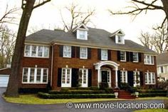 Google Image Result for http://www.movie-locations.com/movies/h/HomeAlone_house.jpg  I love colonial style homes!