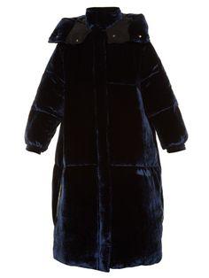 STELLA MCCARTNEY Oversized quilted velvet coat. #stellamccartney #cloth #coat