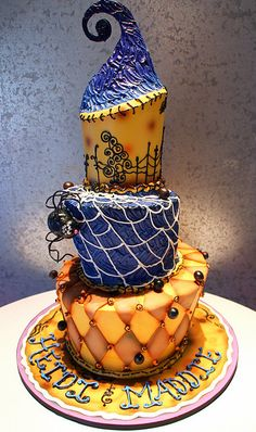 Halloween wedding cake, Jack and Sally should be on this cake