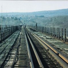 The Poughkeepsie-Highland Railroad Bridge January 24, 1993, now the Walkway Over the Hudson.