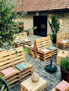 Cafe Shop Design, Bakery Design, Restaurant Interior Design, Shop Interior Design, Outdoor Restaurant Design, Deco Restaurant, Modern Restaurant, Cafe Seating, Outdoor Seating