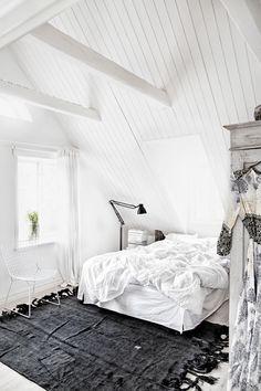 ❥ loft-style bedroom - throw rug, wardrobe, bathrobe, linen, windowsill with plant