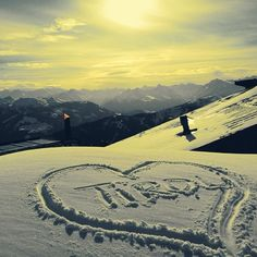#lovetirol <3 Ski Mountain, Mountain Living, Best Ski Resorts, Chalet Style, Lake Cabins, Rustic Charm, Winter Christmas, Homeland, Travel Posters