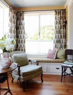 I want to turn my living room into a reading nook. Get rid of the couches and just have cozy chairs :) Green Room Colors, Green Theme, Living Room Decor, Living Spaces, Living Rooms, Distressed Wood Furniture, Room Color Schemes, Home And Living, New Homes